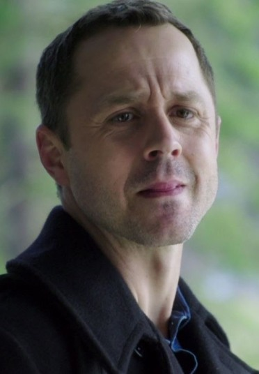 Ethan Embry Sneaky Pete: Sneaky Pete (2015)