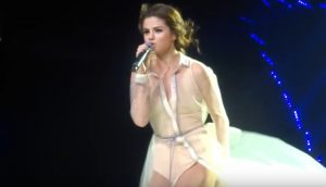 selena-gomez-revival-tour